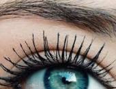 Nháy mắt phải - Mắt phải bị nháy hay giật là báo hiệu điềm gì?